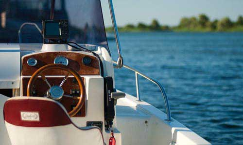 Motor - Sportboot - Führerschein